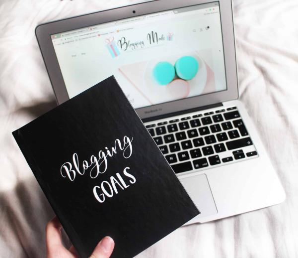 Blogging Mode - Blogging Goals Notebook. Bullet journaling for bloggers.