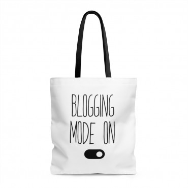 Did you know that tote bags make great gifts for bloggers? Grab one for your friend (or for yourself) and get blogging! Blogging tote bag from Blogging Mode.